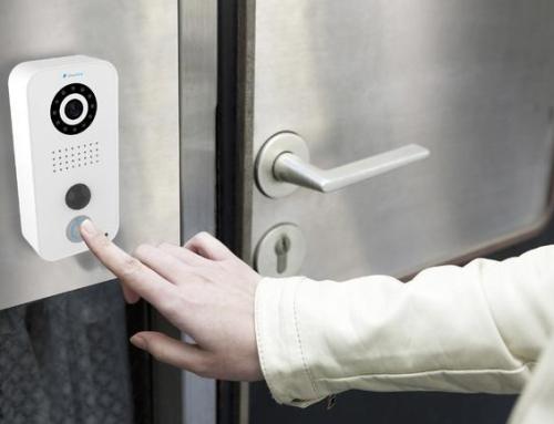 Nechte si u dveří strážit chytrý zvonek